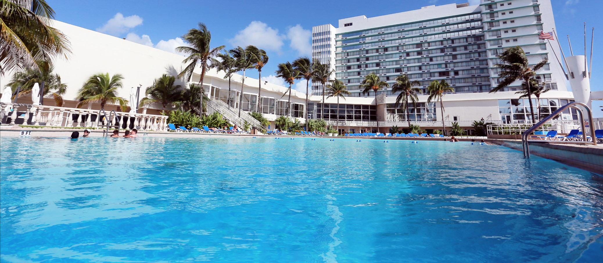 Deauville Beach Resort Miami Pool